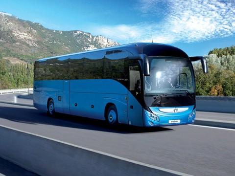 Autocar bleu Iveco Bus