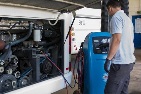 Entretien climatisation sur autobus et autocars